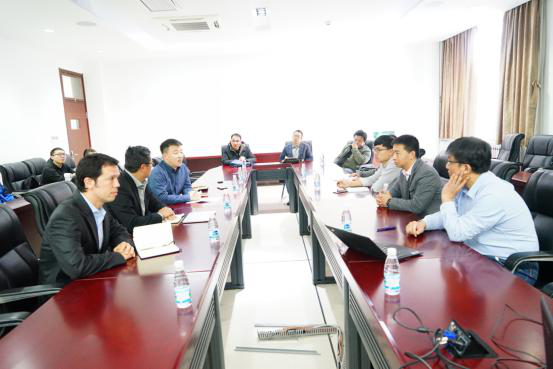 Australian National University Coordinator Jong Chow and Robert Ward Visit Shandong University, Weihai